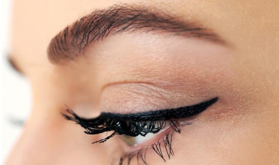 Татуаж глаз: стрелки, татуаж век